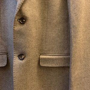 Elie Tahari Suits & Blazers - Elie Tahari Wool Blazer in 36R